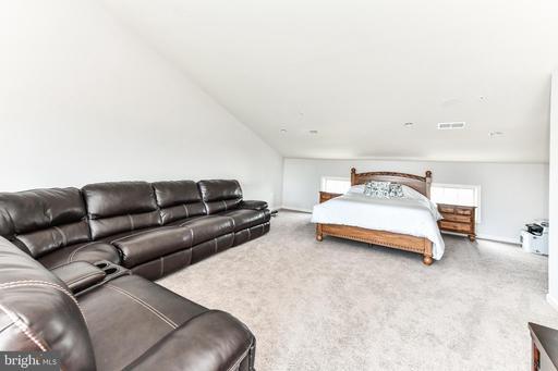 22592 Cambridgeport Sq Ashburn VA 20148