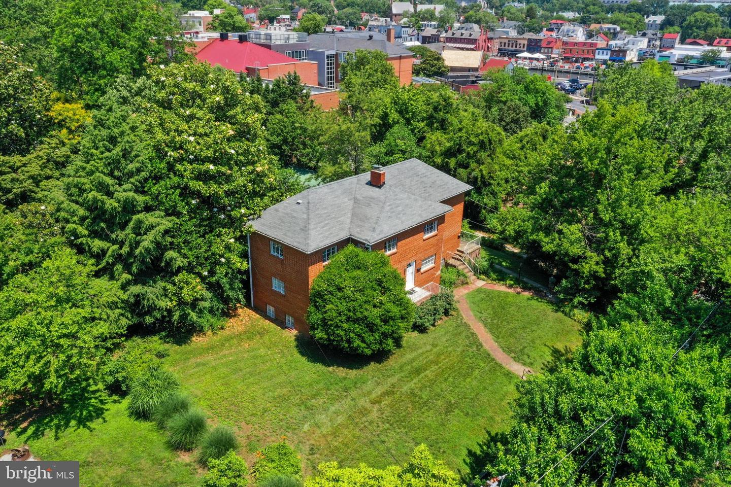 15 Newman St                                                                               Annapolis                                                                      , MD - $1,799,999