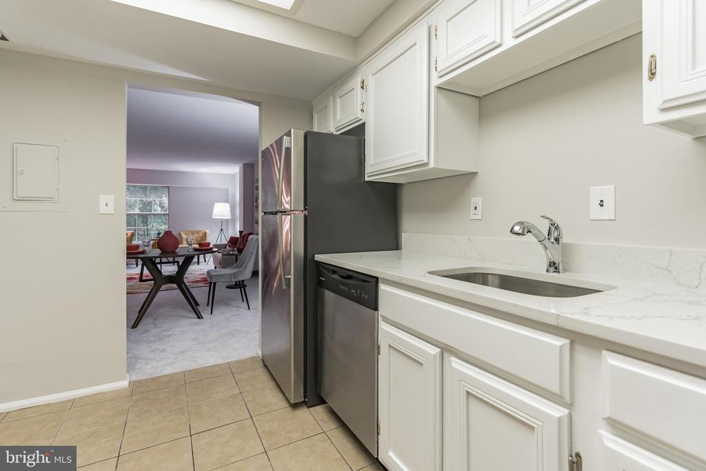 Photo of 7640 Provincial Dr #114
