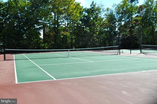 5232 Glen Meadow Rd Centreville VA 20120