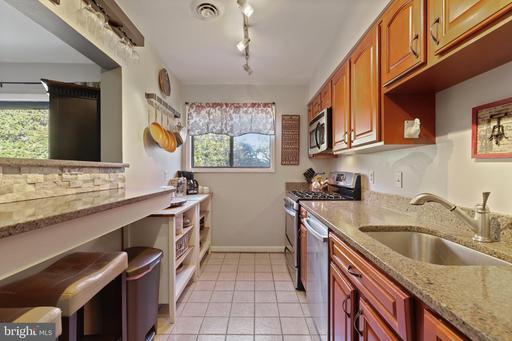 2802 Dartmouth Rd #7, Alexandria 22314