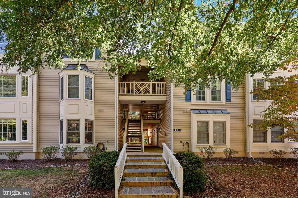 12245 Fairfield House #406a