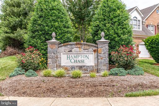5707 Hampton Forest Way Fairfax VA 22030