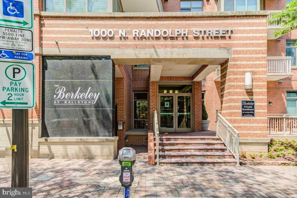 1000 N Randolph St #510