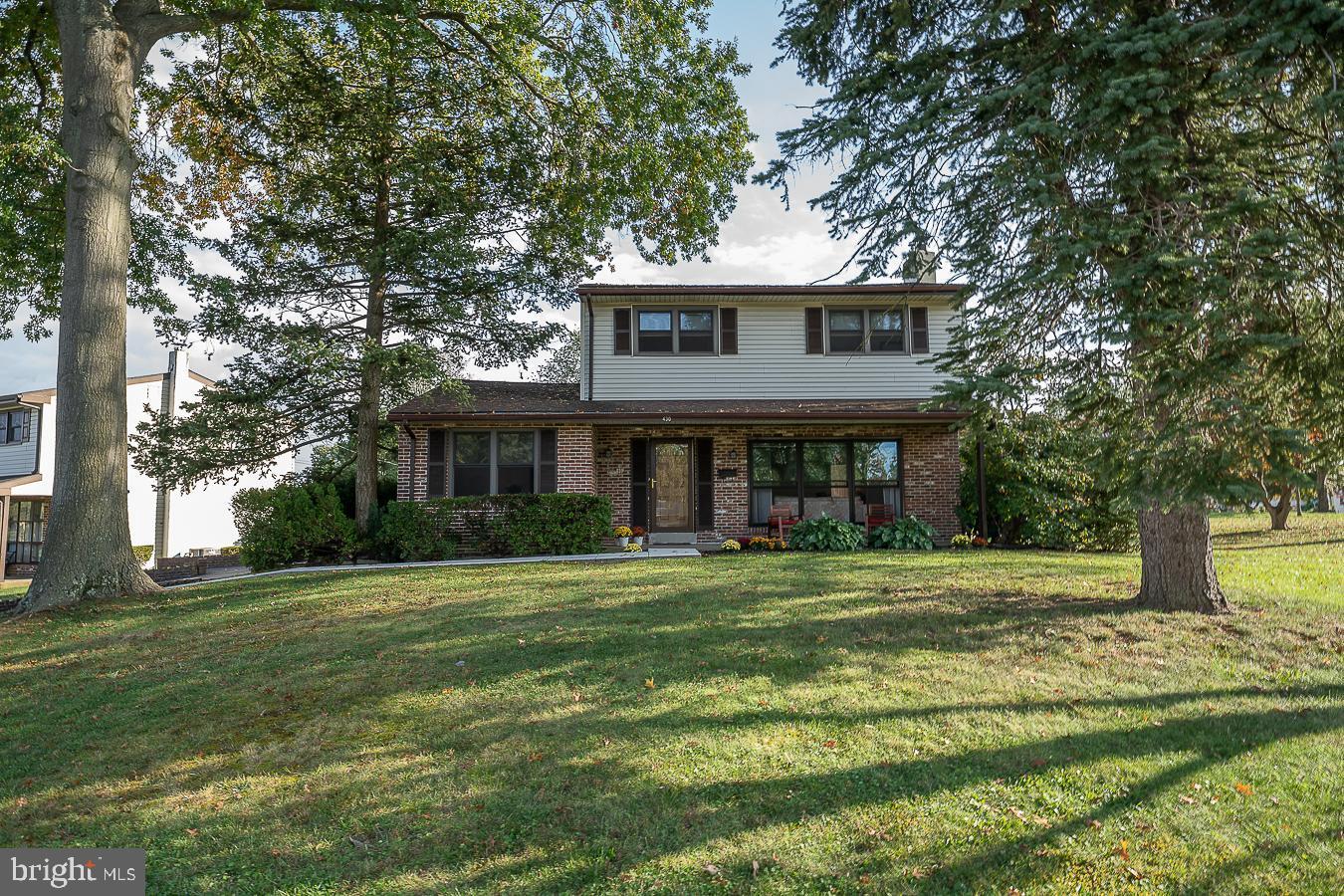 430 Lyndhurst Drive Broomall, PA 19008