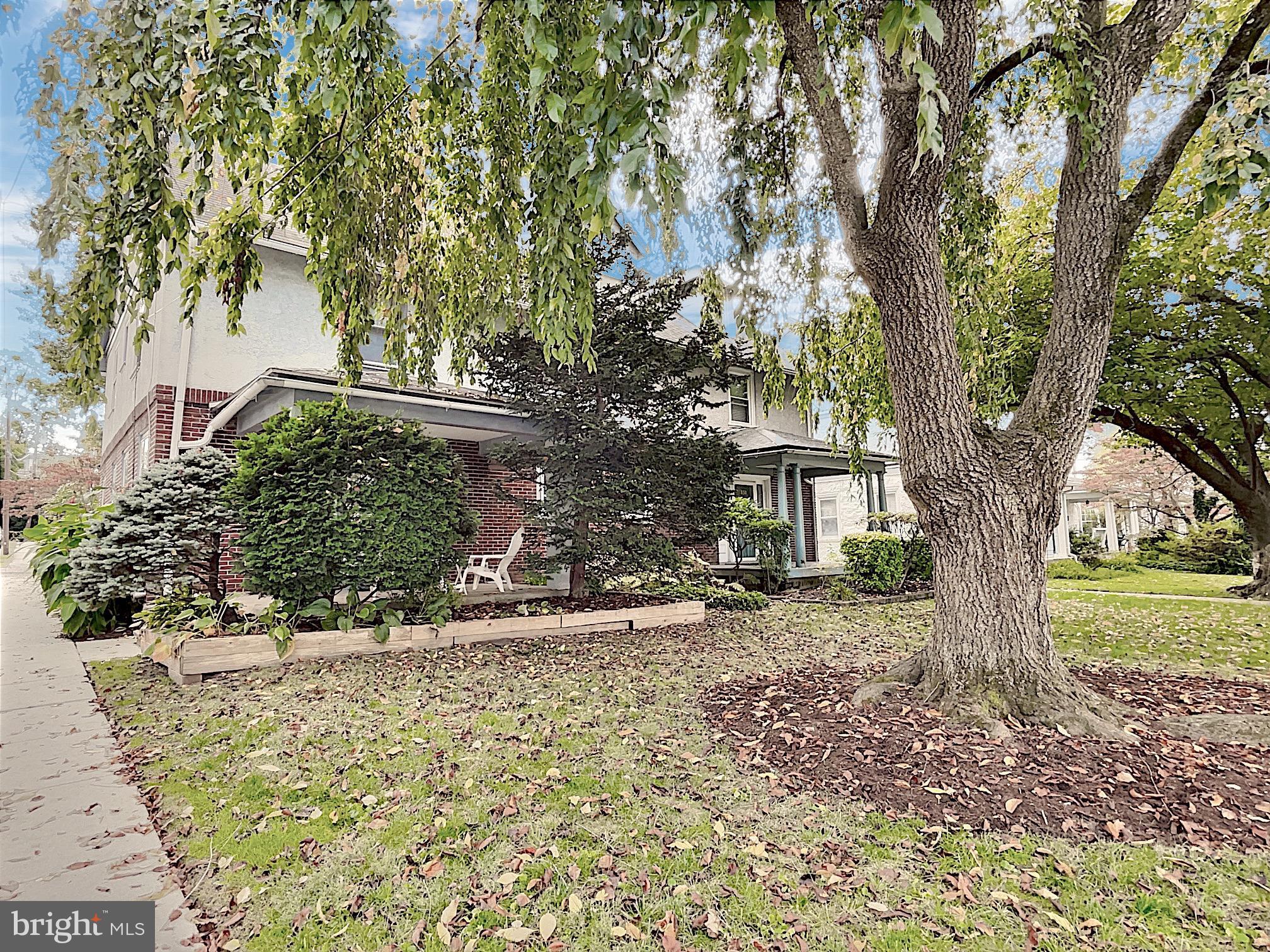 129 Linwood Avenue, Ardmore, PA 19003