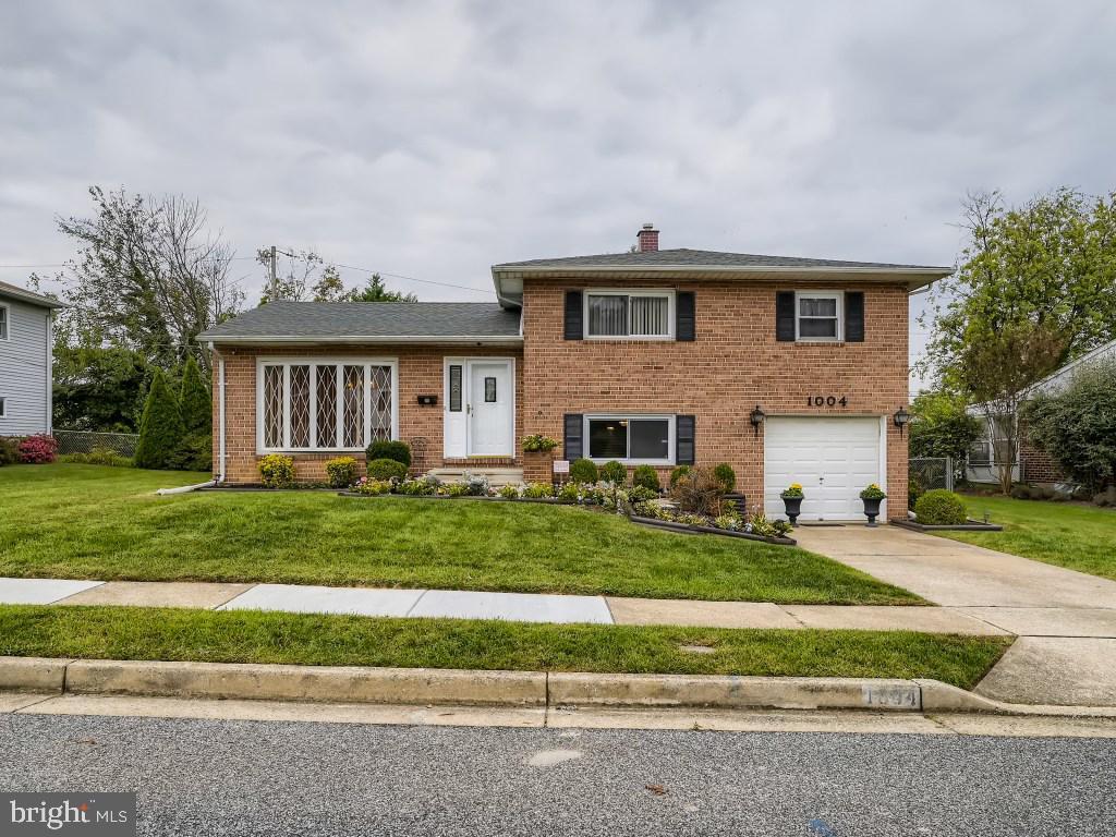 1004 Lakemont Road   - Baltimore, Maryland 21228