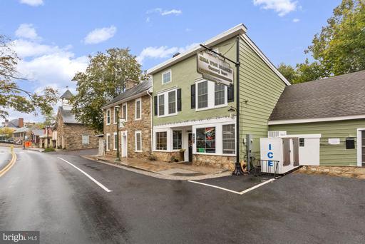 36933 & 36939 Charles Town Pike Hillsboro VA 20132