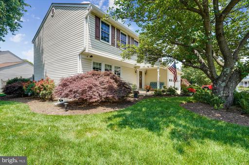 5429 Tree Line Dr Centreville VA 20120