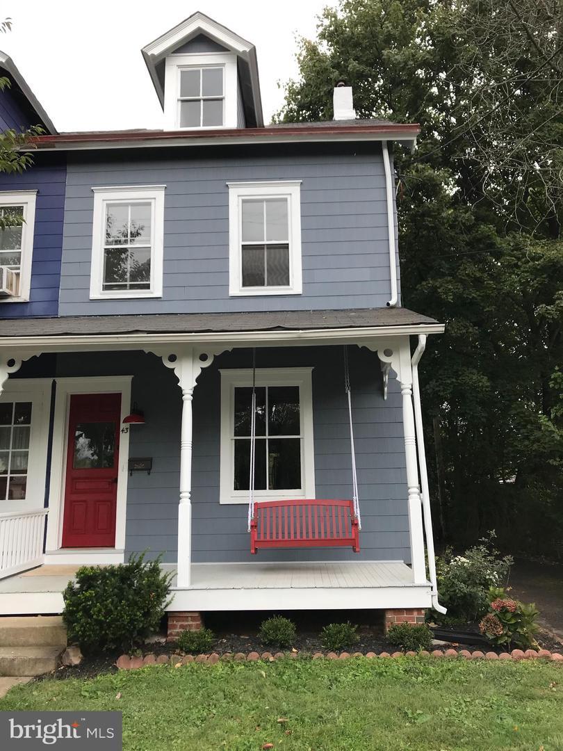 43 Sterling Street Newtown, PA 18940