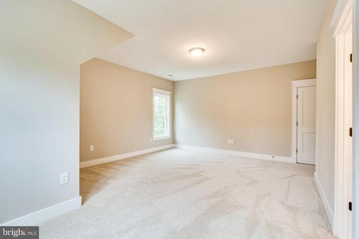 3413 Burrows Ave Fairfax VA 22030