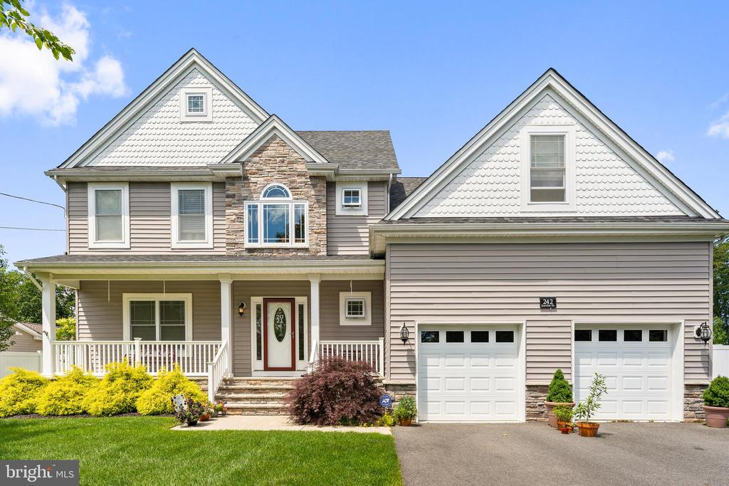 242 Junction Drive, Stafford Township