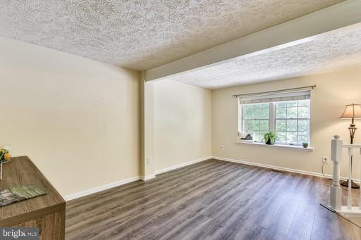 6308 Lightburn Ct Centreville VA 20121