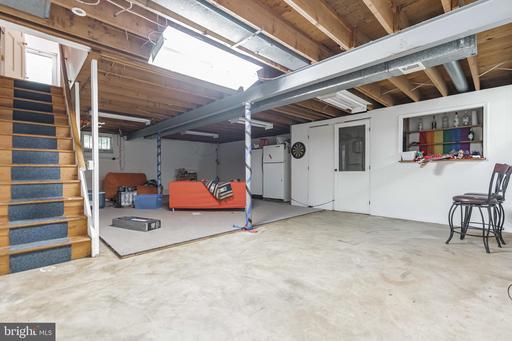 2621 Hunter Mill Rd Oakton VA 22124