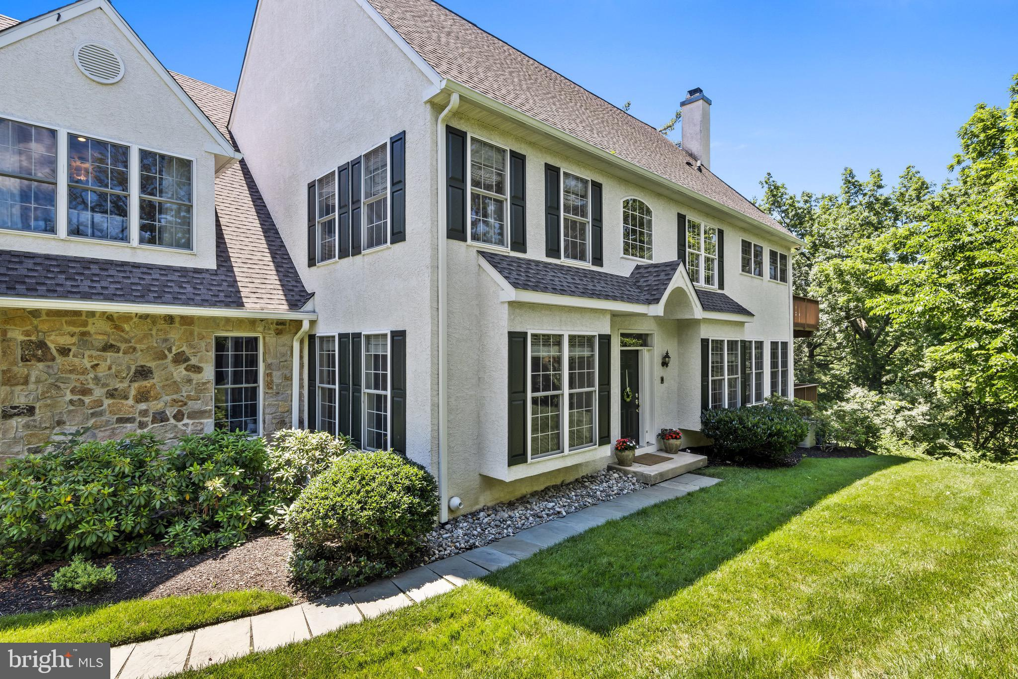 THIS STUNNING HOME IN THE BEAUTIFUL AREA OF NEWTOWN SQUARE IN PENN'S PRESERVE.IS WAITNG FOR YOU TO CALL HOME!  THIS SPACIOUS END UNIT  IS PRIVATE,  HAS BEAUTIFUL VIEWS AND  WONDERFUL LIGHT THAT POURS IN FROM EVERY ROOM.  THE MINUTE YOU WALK IN YOU SEE AN OPEN FLOOR PLAN WITH EVERYTHING ONE WOULD WANT.  AS YOU ENTER THE TWO STORY FOYER YOU SEE THE SPACIOUS YET COZY FAMILY ROOM, LARGE AND UPDATED KITCHEN, BREAKFAST AREA AND ADDITIONAL ROOM FOR WHATEVER YOUR NEEDS MAY BE. THERE ARE HARDWOOD FLOORS THROUGHOUT THE FIRST LEVEL WITH POWDER ROOM, LAUNDRY, GAS FIREPLACE AND AMAZING DECK OFF THE BREAKFAST ROOM FOR ADDITIONAL DINING OR ENTERTAINING SPACE. THIS LEVEL IS COMPLETED WITH A ELEVATOR AND INTERIOR ACCESS TO THE 2 CAR SPACIOUS GARAGE.  THE SECOND FLOOR HAS THREE EXTREMELY LARGE  BEDROOMS AND 2 FULL LARGE BATHROOMS.  THE MASTER BEDROOM HAS A SITTING AREA WITH WALKIN CLOSET AND DECK OVERLOOKING BEAUTIFUL PRIVATE SPACE.  THE SECOND BEDROOM IS CONNECTED TO A FULL BATHROOM WITH ANOTHER LARGE CLOSET. THE THIRD BEDROOM HAS BEAUTIFUL WINDOWS PROVIDING GREAT LIGHT THROUGHOUT.  THE LOWER LEVEL IS COMPLETELY FINISHED WITH EXTENSIVE STORAGE,  A FULL GYM IS ALSO ON THIS LEVEL ANOTHER WONDERFUL FEATURE! THIS LEVEL IS COMPLETED WITH A POWER ROOM AND SLIDING DOORS TO THE OUTSIDE.  THIS UNIT IN PENNS PRESERVE IS CENTRALLY LOCATED TO MAJOR HIGHWAYS, IT IS A MUSE SEE!! THIS PROPERTY IS COMING SOON AND SHOWINGS BEGIN ON JULY 1ST.