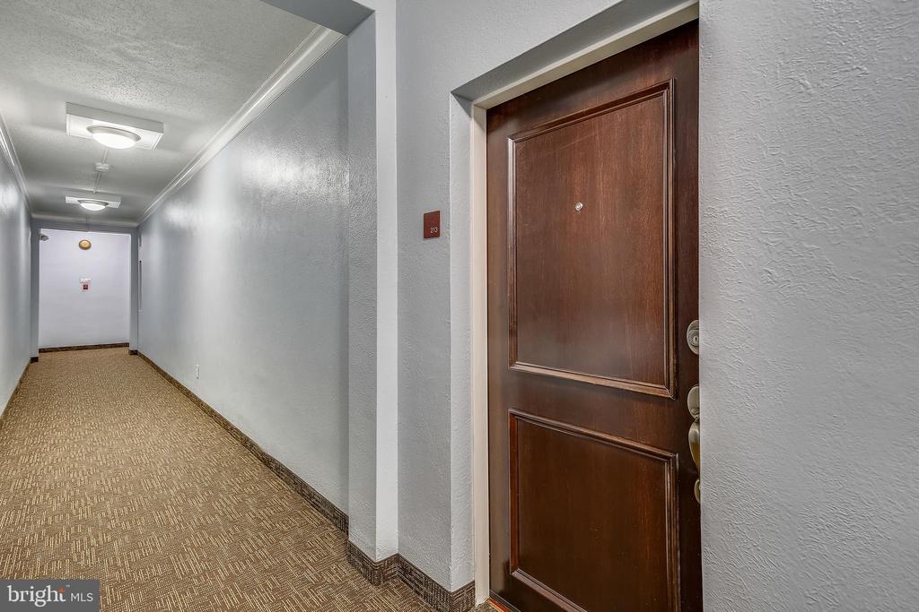 Photo of 922 S Washington St #213