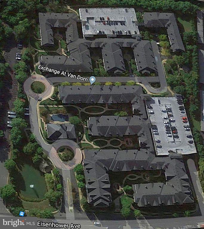 4862 Eisenhower Ave #170
