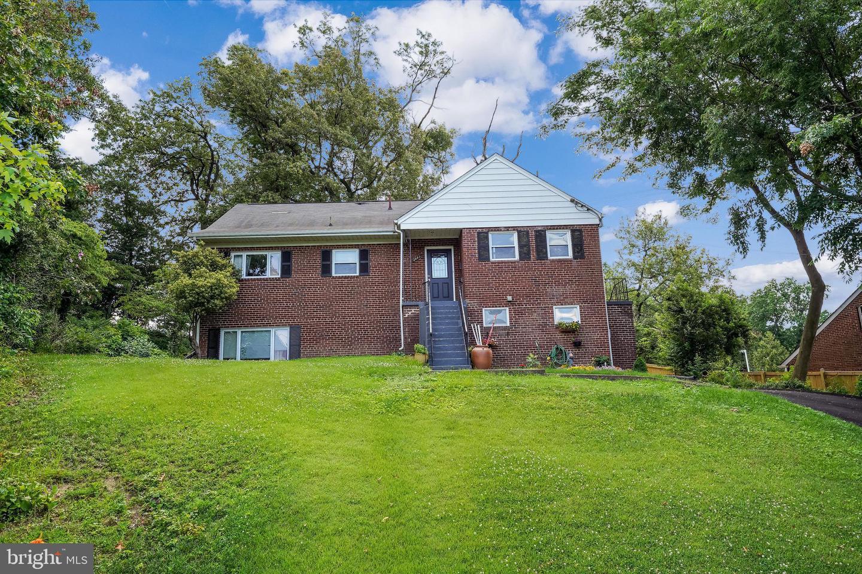 3063 Valley Lane   - Falls Church, Virginia 22044
