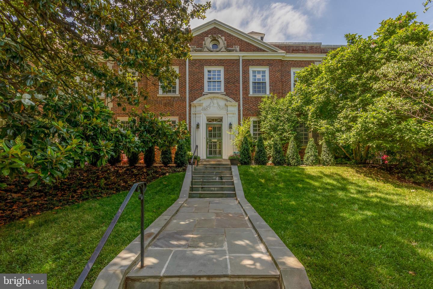 3218 Woodley Road NW  - Washington, District Of Columbia 20008