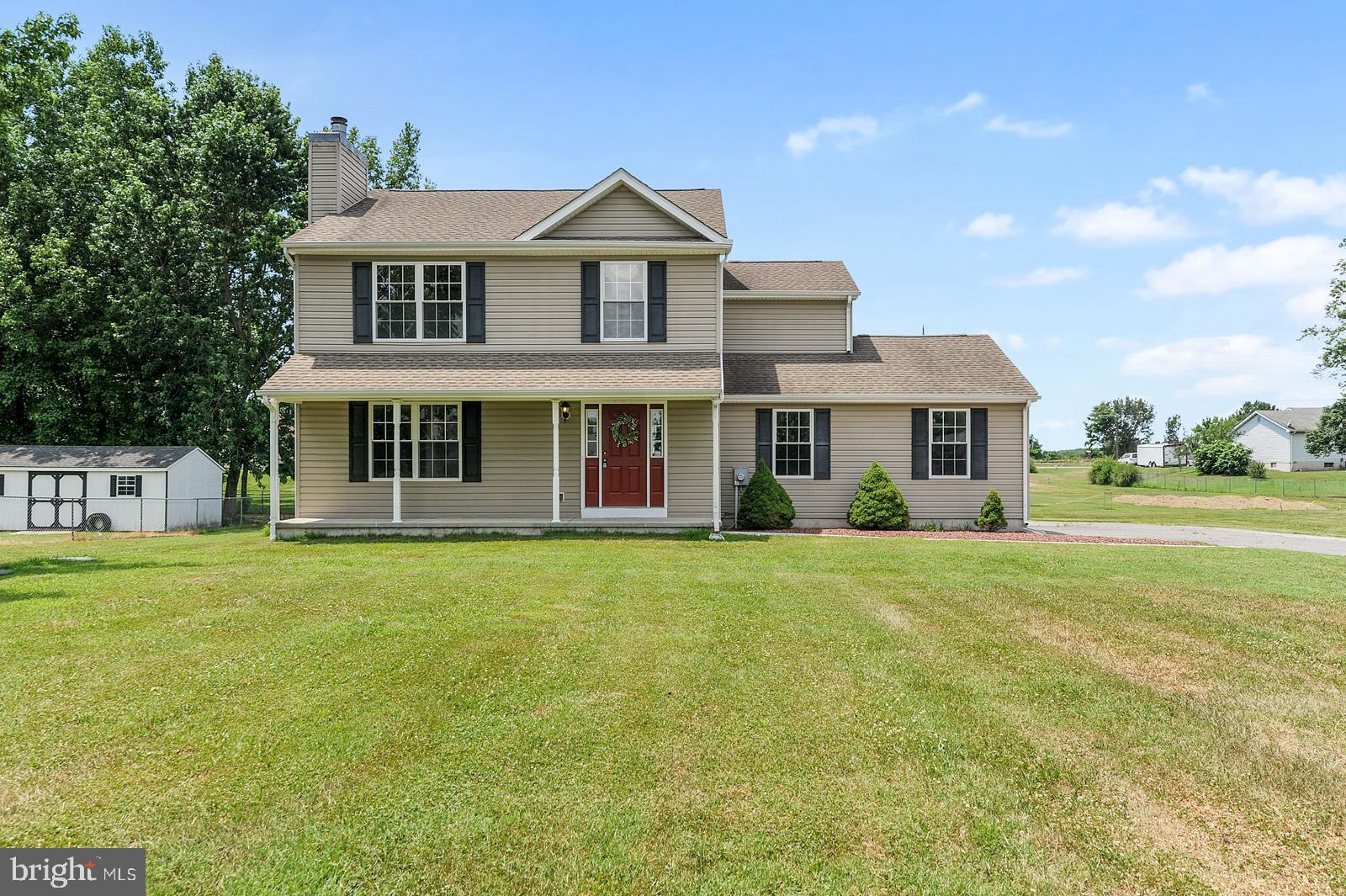 This recently refreshed home is looking great and ready for it's new owner. Quietly sitting on over 3/4 acre lot in Mount Vernon Estate community this home has new carpet, new paint, light fixtures, and more. Seeing is believing so schedule your showing today and  see for yourself before it's gone.