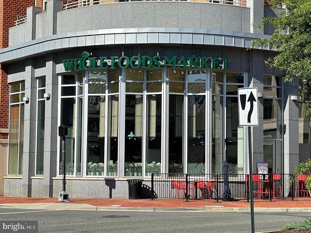 Photo of 966 N Washington St
