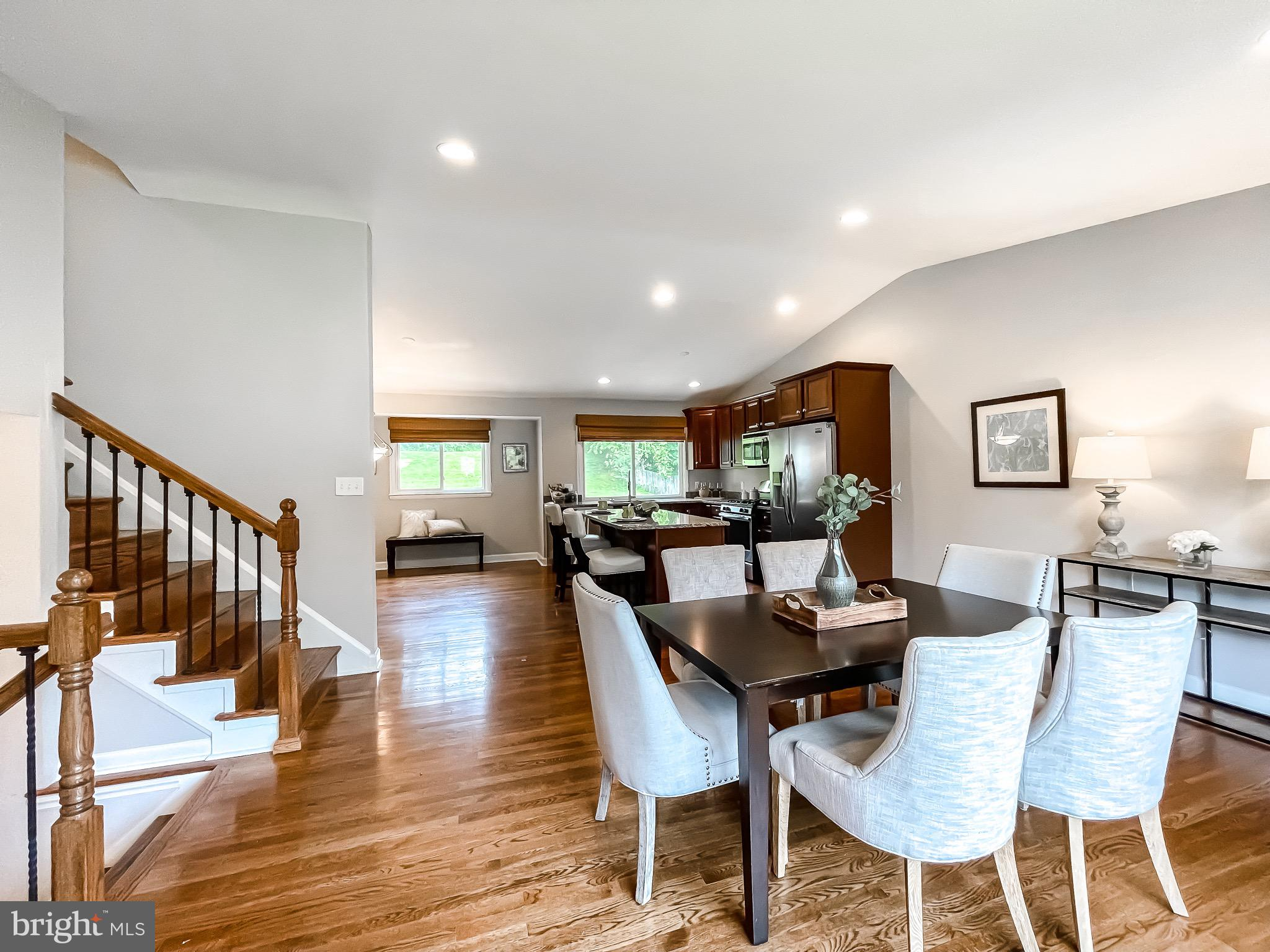 Gorgeous split-level four bedroom, two and half bath, remodeled home. Spacious back yard with patio. Open kitchen and dining room with stainless steel appliances and large windows. Located in Timonium, near Padonia rd. Nearby shopping, entertainment, and restaurant.