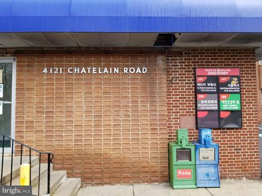 4121 Chatelain Rd #202 Annandale VA 22003