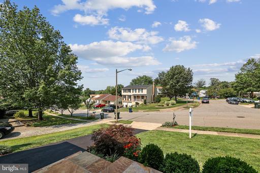 6815 Rock Creek Ct Alexandria VA 22306