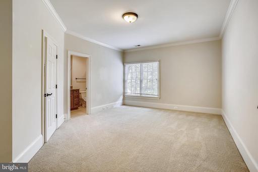 1253 Ingleside Ave Mclean VA 22101