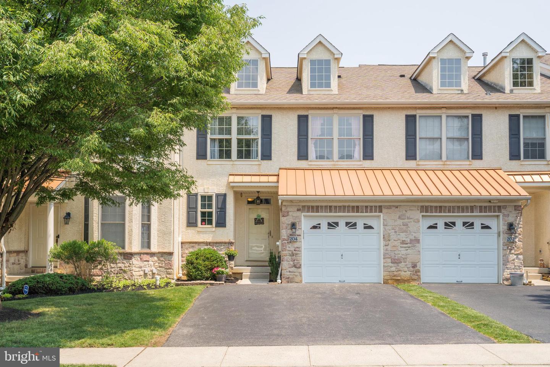 Conshohocken                                                                      , PA - $475,000