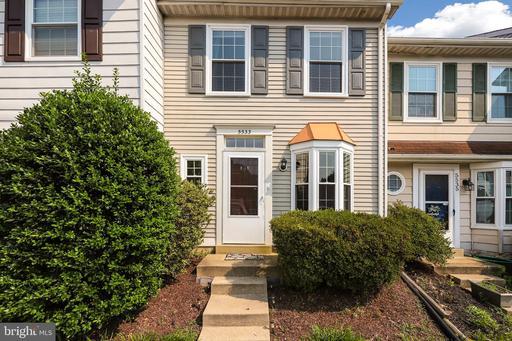 5533 Woodlawn Manor Alexandria VA 22309