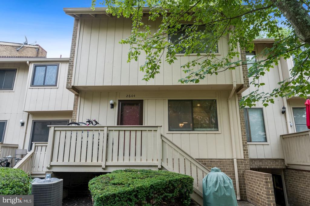 Photo of 2604 Glengyle Dr #120