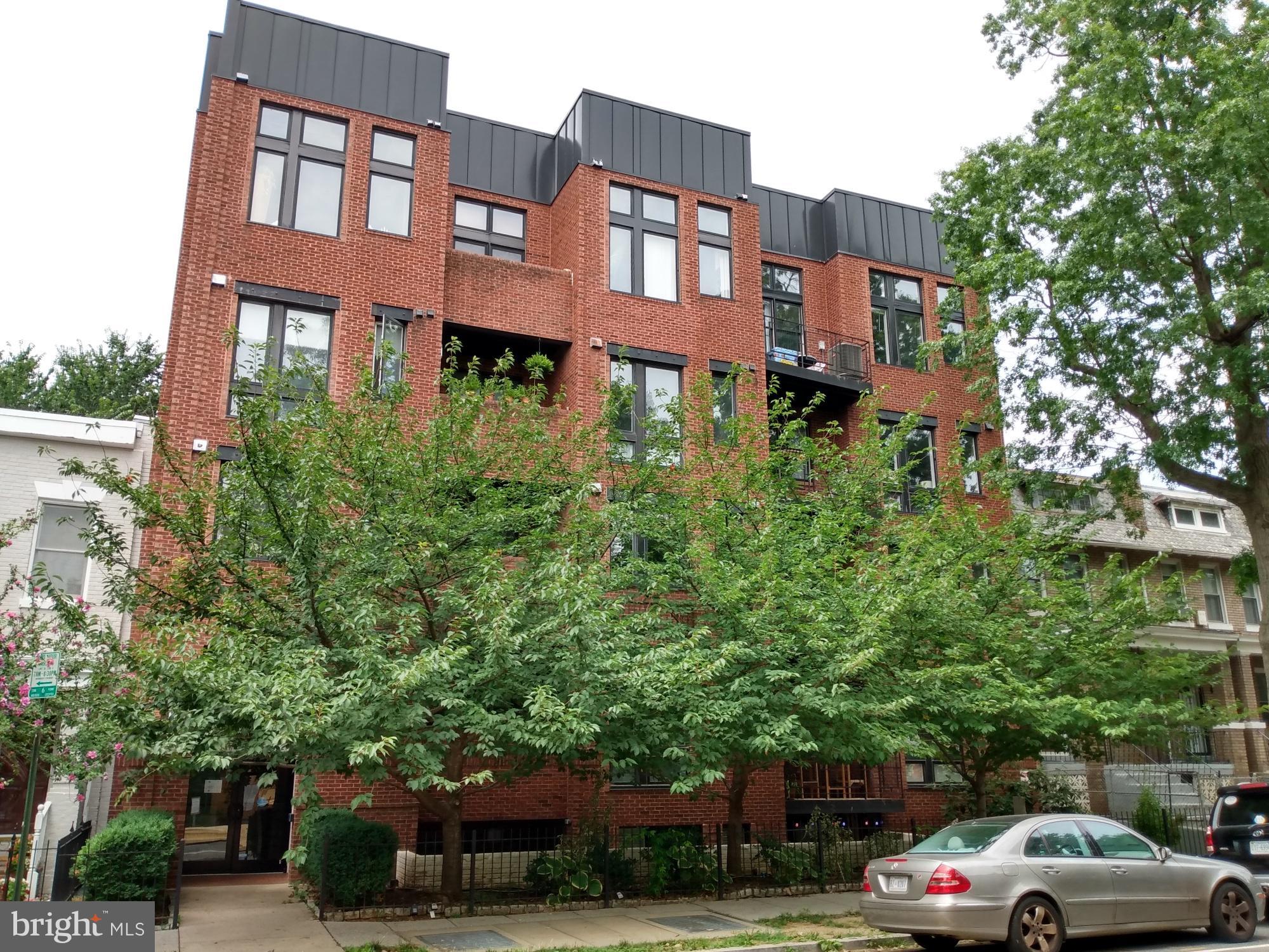 245 15th St Se #303, Washington, DC, 20003