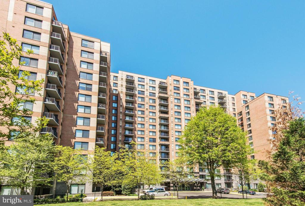 Photo of 2451 Midtown Ave #1414