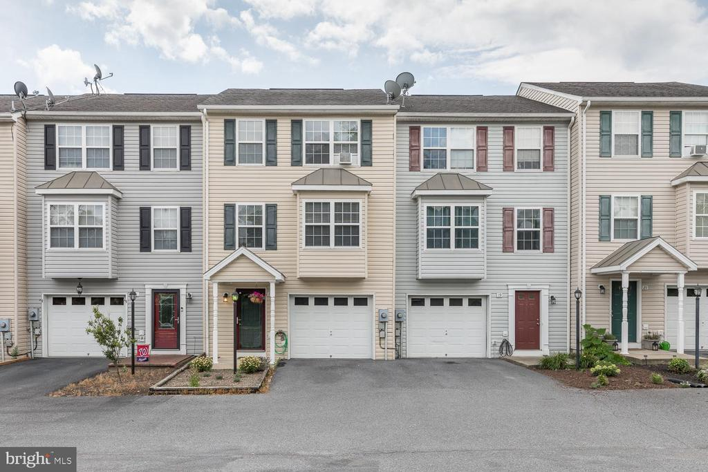 17 Perry Ct