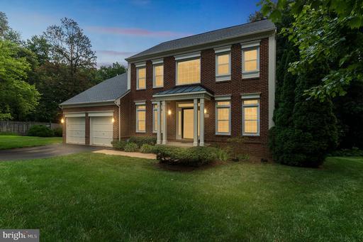 9653 Sherman Oaks Ct Fairfax VA 22032