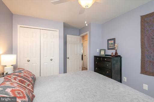 14406 Rockymount Ct Centreville VA 20120