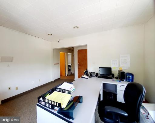 4024 Williamsburg Ct Fairfax VA 22030