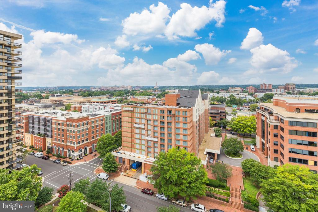 Photo of 801 N Pitt St #1609