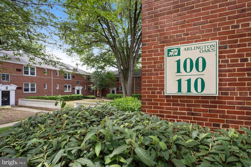 100 N George Mason Dr #100-1