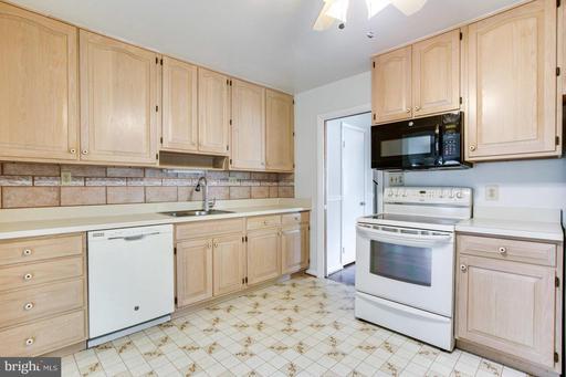 1704 Warner Ave Mclean VA 22101
