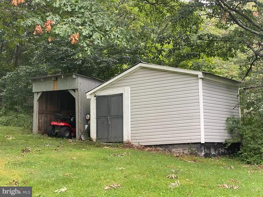 458 Cedar Grove Rd, Winchester 22603