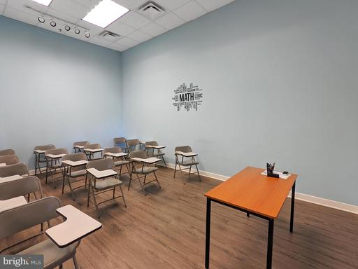 6832 Piedmont Center Plz Gainesville VA 20155