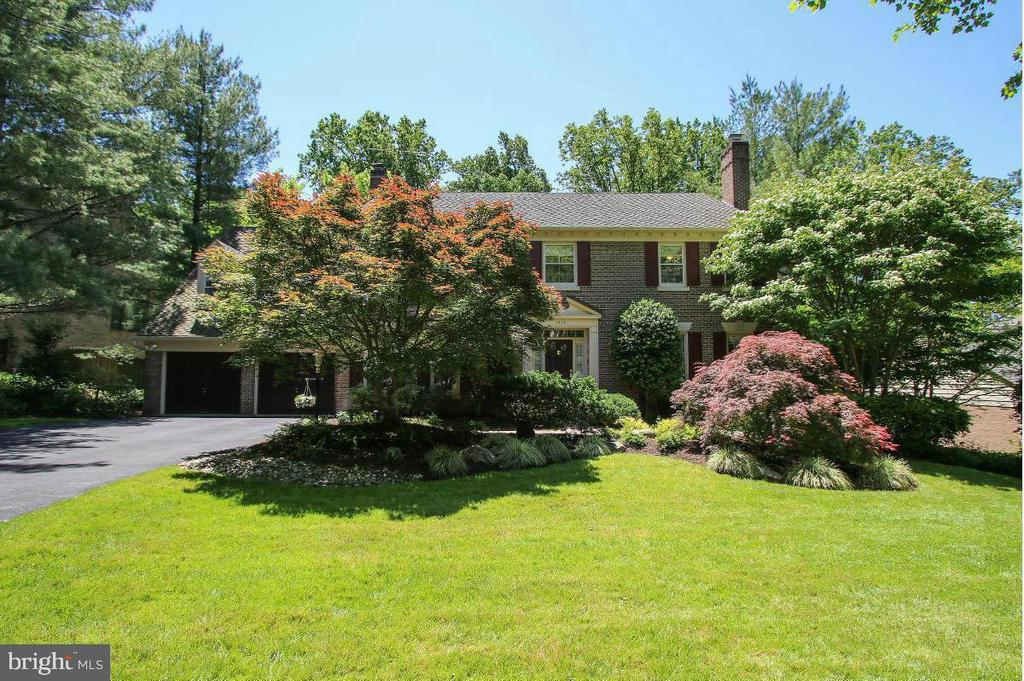 *** Open this Sunday July 25th from 1-4 PM *** Finally the Best of Bethesda is coming on market !! A must see -- Colonial 5 BR 4.5 BA on tree lined cul-de-sac with 2 FP Second Master ceiling fans throughout. Gourmet Kit with windows galore! 2 level deck w/screened in gazebo. Upstairs incl 2 MS w/ en suit baths and wic. 3 other BR 1 FB & Laundry on this level. Fully Finished Large LL w/, FB, Bonus Rm & Storage. Minutes to 495, It is a estate sale and sold as is.