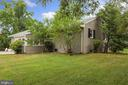 8912 Dogue Dr