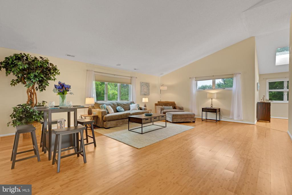 Welcome home to 414 Chanticleer in the heart of Cherry Hill, NJ, on the EAST side of town! Located in this desirable community, this is the one you have been waiting for! Spacious END UNIT Penthouse with 2 beds, 2 full bath, fireplace, deck, finished basement and one car garage! You will be amazed with this spacious, open floor plan with an abundance of natural light. NEW NEW NEW including the kitchen appliances, wine refrigerator, light fixtures throughout, entryway stairway chandelier, ceiling high hat lighting, freshly painted throughout and much more! Located in the highly-rated Cherry Hill East School District, and the Bret Harte elementary school. Chanticleer is a wonderful sidewalk community and is walking distance to multiple houses of worship and convenient to shopping, dining and major highways. Chanticleer community has so much to offer including beautiful grounds, tennis courts, clubhouse with exercise room, snow removal, and a fabulous in-ground pool. Close to shopping, restaurants, transportation and a quick ride to the cities or the shore. Make your appointment today!