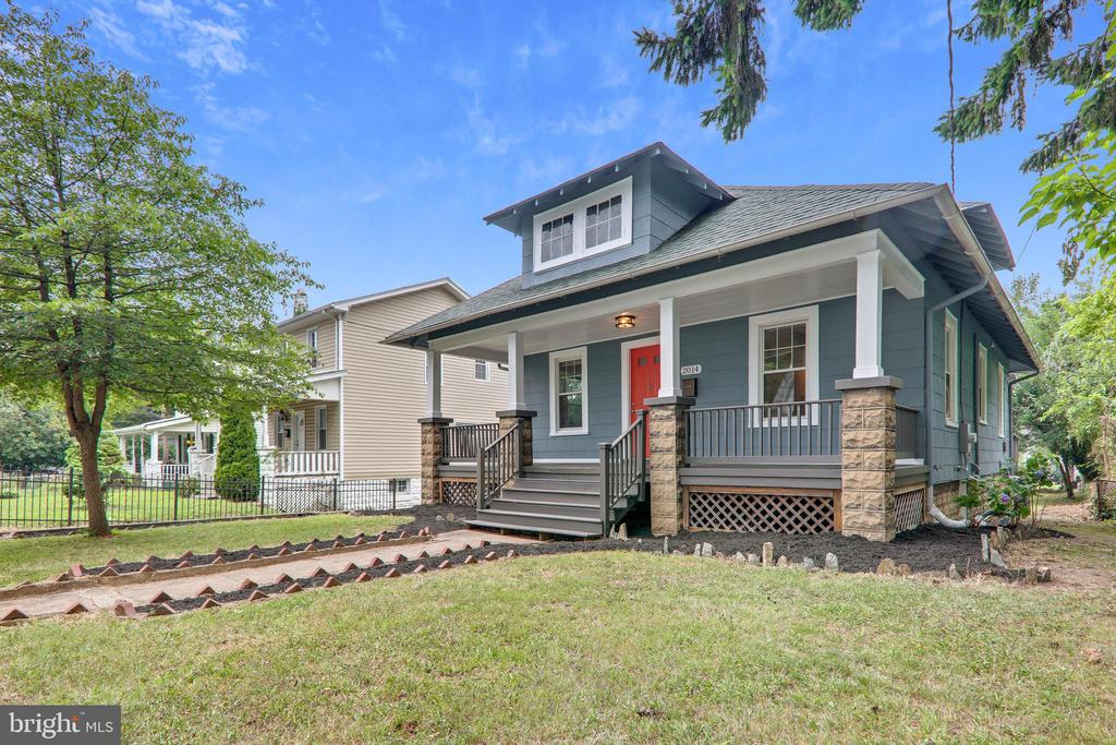 Welcome home to this gorgeous 3BR/2BA bungalow in DC's cozy Woodridge neighborhood. Enjoy all the perks of a spacious and covered front porch, hardwood floors, central air, fenced-in backyard, off-street parking, kitchen with walk-in pantry, and master bedroom with jaw-dropping walk-in closet. Design-ready attic has the makings of a perfect entertainment room or home office.  Huge backyard with room for pool, gardens beds and much more ! Walk to Metro station, parks and playgrounds, coffee shops and restaurants. Quick access to downtown or out of the city in just minutes via Rhode Island Avenue and South Dakota Avenue. Don't miss out! OPEN HOUSE SUNDAY 1-4