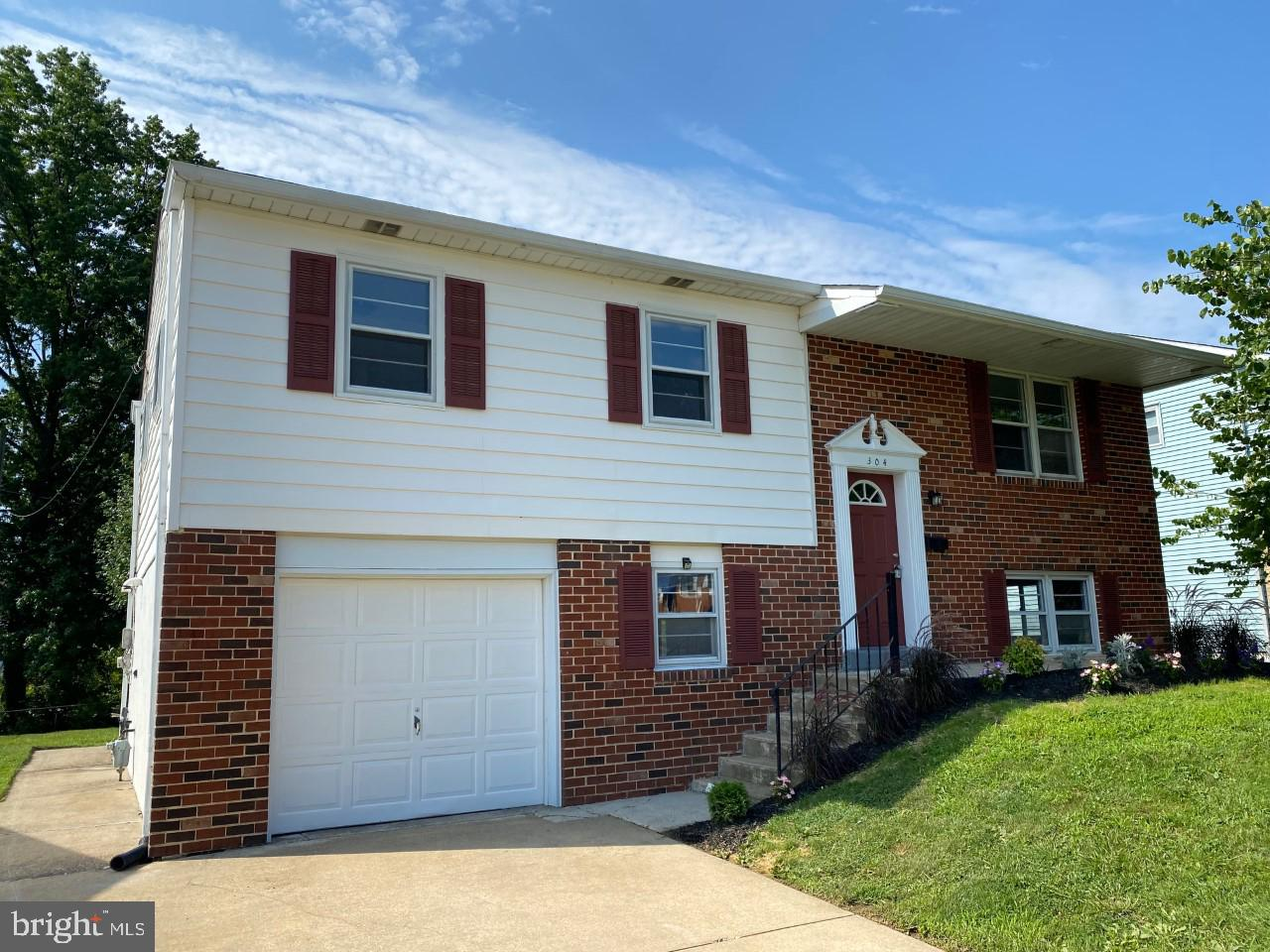 Don't wait too long or this one will be gone.  This Move-in condition, Brick & Vinyl,  Bi-Level is located on a quiet street in the convenient community of Middleboro East.  Within simple walking distance to DMA, this Four bedroom, 2 Full bath , updated home sits on a fantastic lot with a great backyard for all kinds of  outdoor activities.  This home features a brand new white kitchen with grey plank flooring ,  all new stainless steel appliances including B/I microwave and new fridge. There is a breakfast bar allowing the kitchen to be open to the Dining Room giving this home great flow.  There is new carpeting throughout, two full updated bathrooms,  four generous size bedrooms and much more. The lower level features a bedroom,  a beautiful full bathroom with tiled shower, a large mudroom,  which is big enough to make a  terrific home office or den,  a separate laundry room,  and large Family room with sliders leading  to a a great 3 season room with endless possibilities overlooking the back yard with large red barn style shed.  there is an oversized one car garage with inside access off of the mudroom.  This 4 bedroom home is a Great Value in Today's market!!