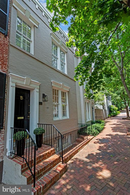 NEW LISTING! This extraordinary 2BD/3BA townhouse offers the perfect combination of a traditional Georgetown facade with modern sun-filled interior. This unique home was completely reimagined and gut-renovated in 2017 by Renovation Studio and Ileana Schinder to feature a true open floor plan, steel floating staircase, contemporary kitchen with Marmara marble countertops, generous bedrooms (both ensuite), finished lower level with separate door, full bath and kitchenette plus 2 balconies overlooking the treetops. This incredible offering  is the complete package. Open Sat & Sun 2-4pm.