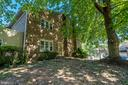 1119 Moorefield Hill Ct SW